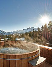 THE VACATION REPORT: CHIC SKI RETREATS