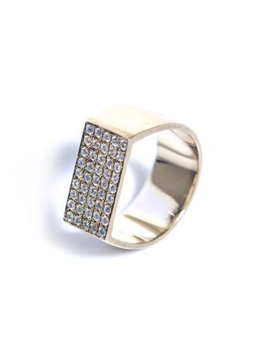 Dina Kamal Dk01 White diamonds & beige gold pinky ring
