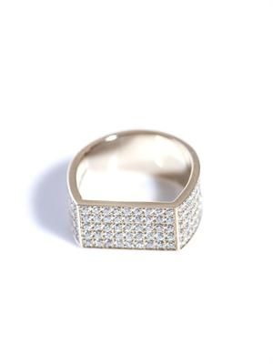 White diamond & beige gold pinky ring