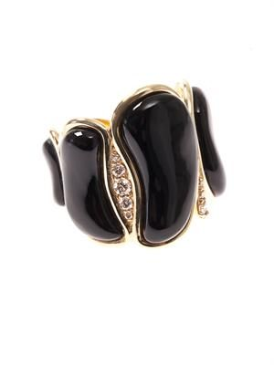 White-diamond & onyx ring
