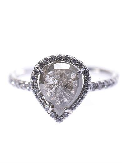 Nsr Nina Runsdorf Diamond and white-gold ring