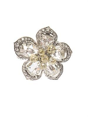 Diamond & yellow-gold flower ring