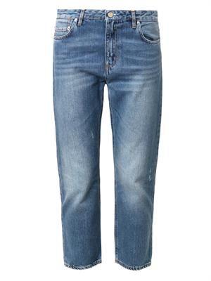 Pop low-slung boyfriend jeans