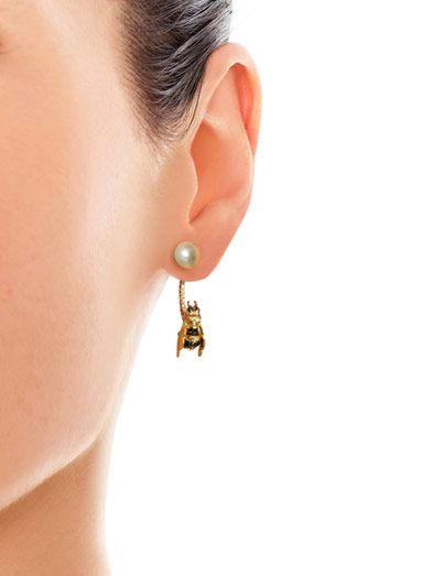 Delfina Delettrez Diamond, sapphire & pearl bee single earring