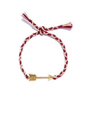 Gold-plated arrow and thread bracelet
