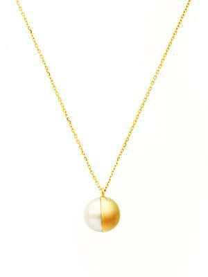White pearl & yellow gold Tasaki necklace