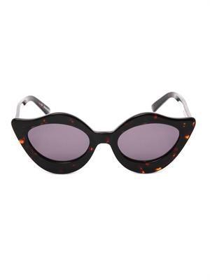 Lipstick tortoiseshell sunglasses