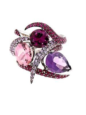 Amethyst, ruby, sapphire & gold ring set