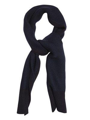 Chunky-knit wool scarf