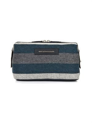 Kenyatta wash bag