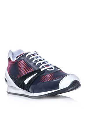 Sporty retro trainers