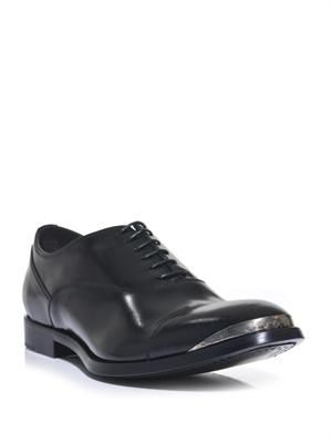 Metal cap-toe Oxford shoes
