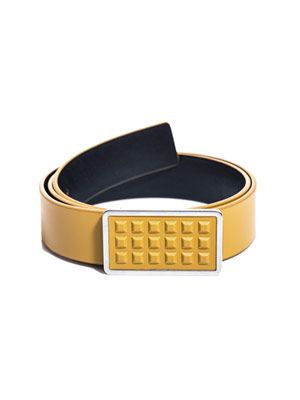 Studded buckle belt