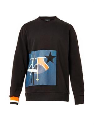 Columbian-fit Bauhaus star sweatshirt