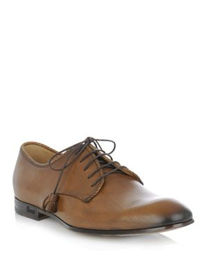 Classic leather lace-up shoes