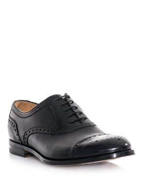 Capped-toe Oxford shoes