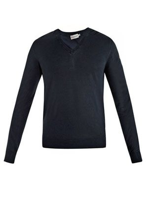 V-neck super fine sweater