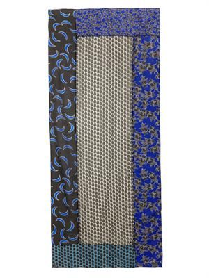 Moonlace Boomerang scarf