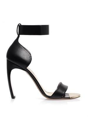 Curved heel leather sandals