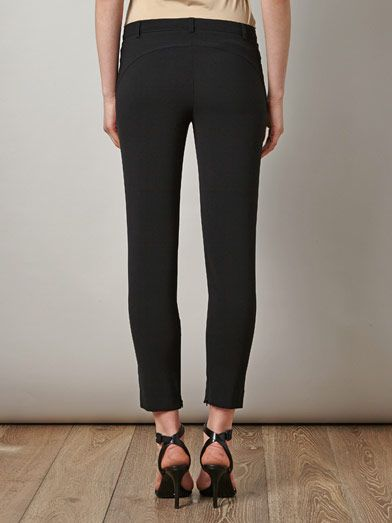 No. 21 Fitted tailored trousers