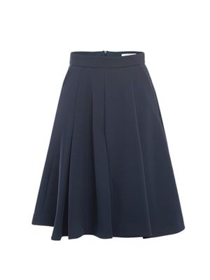 Box-pleat neoprene skirt