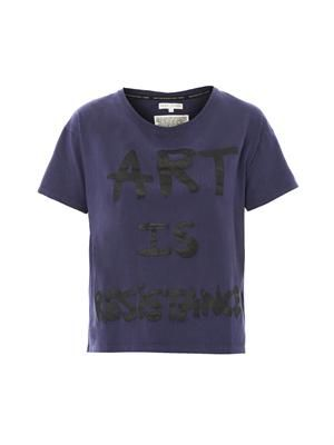 Art is resistance slogan T-shirt