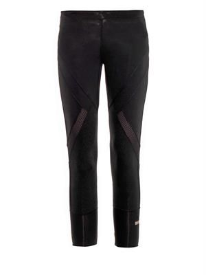 Three-quarter length performance leggings