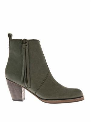 Pistol boots