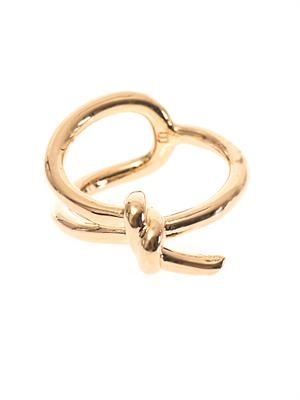 Asymmetric bow ring