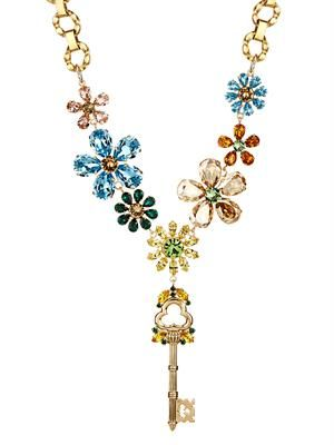 Crystal-embellished flower and key necklace