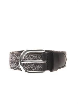 Uma carpet belt