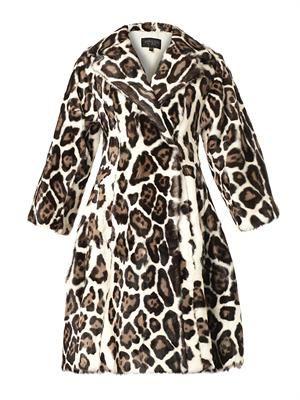 Leopard-print fur coat