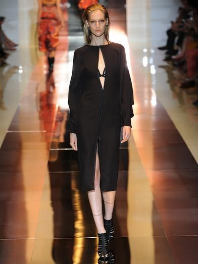 Gucci Long-sleeved silk-crepe dress