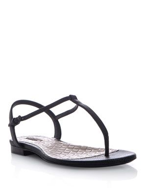 Karung thong sandals