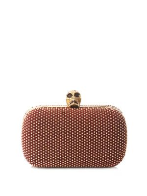 Studded box clutch
