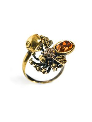 Twin skull and bee ring