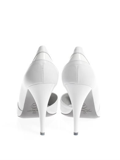 McQ Alexander McQueen Point-toe slash detail pumps