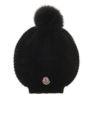 Fur-pompom knitted beanie