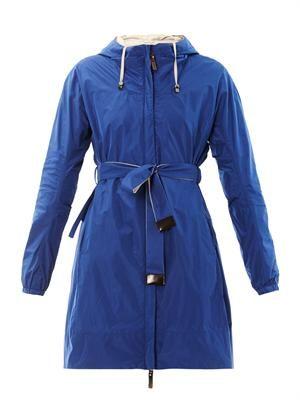 Light reversible coat
