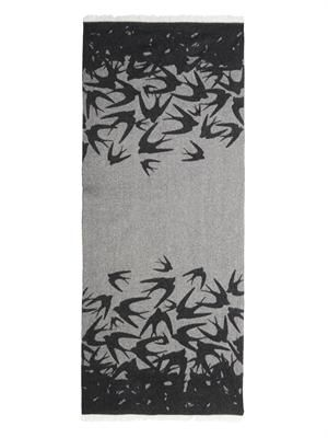 Dégradé swallow-print scarf