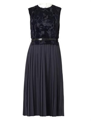 Contrast-panel pleated dress