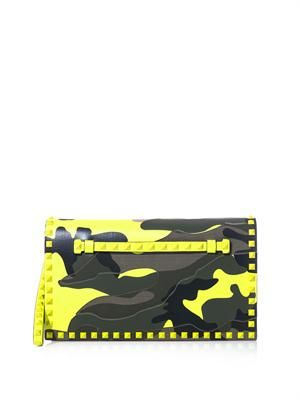 The Rockstud camo-print clutch