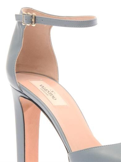 Valentino Cult leather pumps