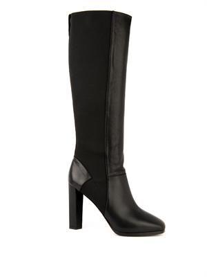 Pella boots