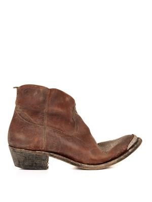 Young Western distressed-leather boots
