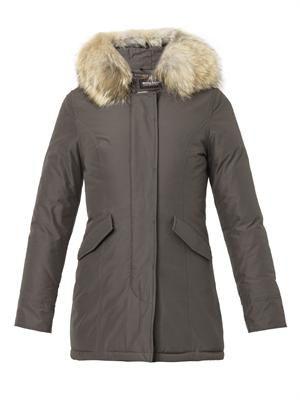 Arctic fur-hood down parka