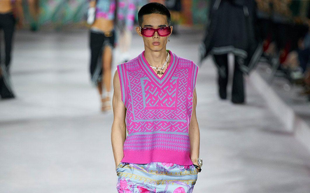 1a88ceae Versace | Menswear | Shop Online at MATCHESFASHION.COM UK